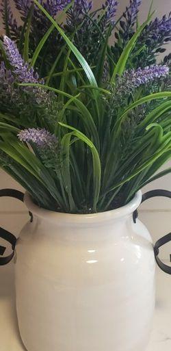 Decor Vase With Flowers for Sale in Beavercreek,  OR