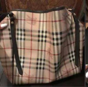AUTHENTIC BURBERRY bag tote for Sale in The Bronx, NY