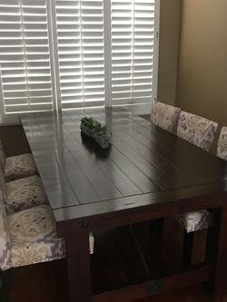 Dining Table w/6 Upholstered Chairs for Sale in San Diego,  CA