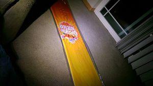 Sunkist snowboard for Sale in Lakewood, WA
