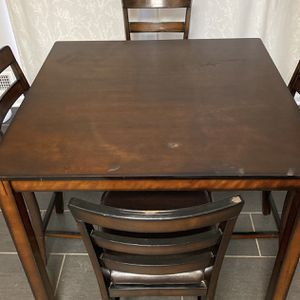 Ashley Table And 4 Chair Set for Sale in Springfield, VA