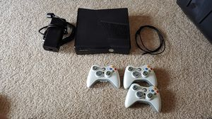 Xbox 360 & 3xControllers for Sale in Sarasota, FL