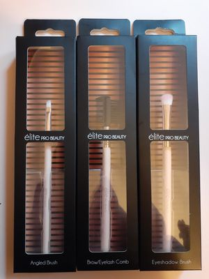 ÈLITE PRO BEAUTY MAKE UP BRUSHES for Sale in Los Angeles, CA
