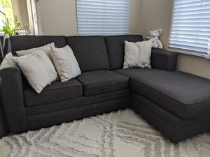 Sectional Couch with Pull Out Bed for Sale in Irvine, CA