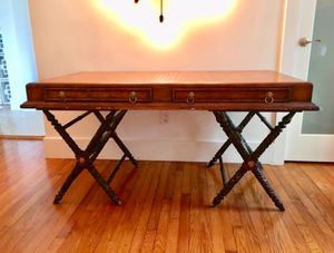 Beautiful Antique Desk !!!!! for Sale in Miami, FL