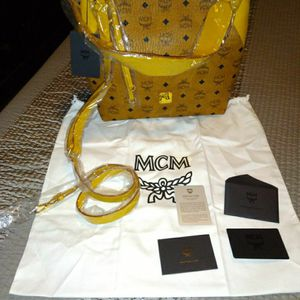 MCM Klara Visetos Hobo Shoulder / Crossbody for Sale in Grand Prairie, TX