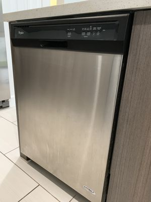 Whirlpool Dishwasher for Sale in Lauderhill, FL