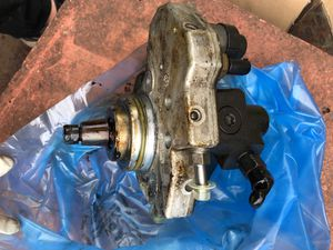Mercedes Benz sprinter high pressure pump OEM USED PART#A6420701301 for Sale in Burbank, IL