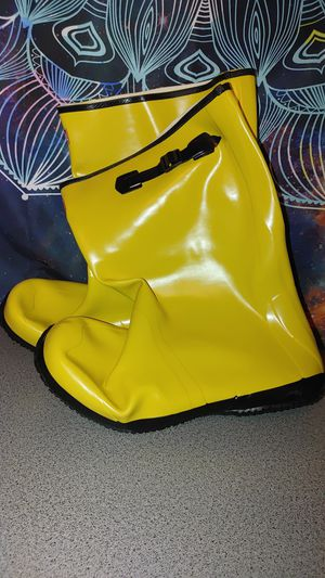 Boss Yellow Rubber Work Boots for Sale in Glendale, AZ