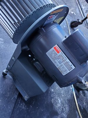 3/4 HP Belt Drive Motor, Capacitor-Start, 1725 Nameplate RPM for Sale in San Diego, CA