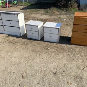 $5.00 Each for Sale in Hanford, CA