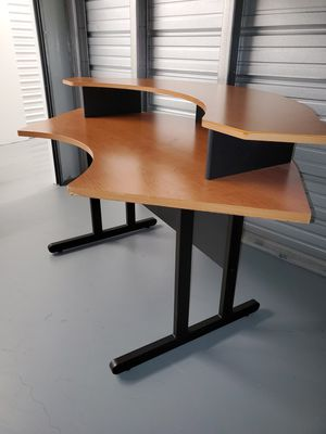 2-piece desk for Sale in Riverview, FL