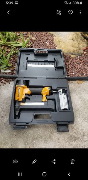 Bostich stapler looks n works great with case for Sale in Coral Springs, FL