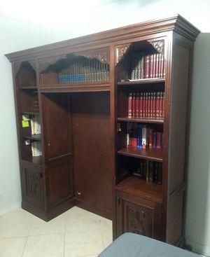 Solid wood wall unit /Red Cedar for Sale in Miramar, FL