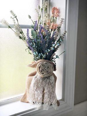 Handmade Burlap & Lace floral Decor for Sale in Enterprise, AL