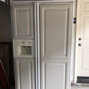 "42"" Kitchen aide Refrigerator w Panels for Sale in Tustin, CA"