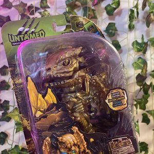 Fingerlings Untamed LIMITED EDITION Gold Rush Chase Dragon Lights Sounds WowWee for Sale in Alexandria, VA