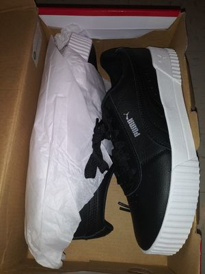 NEVER WORN PUMAS W/ MEMORY FOAM for Sale in Raleigh, NC