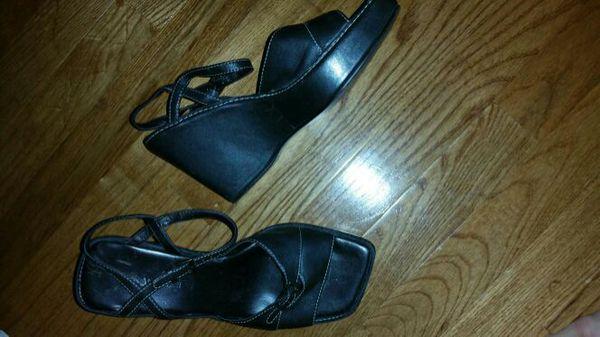 Wedge heels size 7