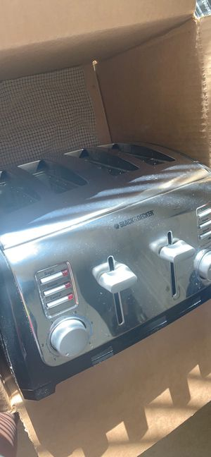 4 slice toaster for Sale in Raleigh, NC