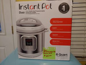 Instant pot 6qt 7in1 multi cooker for Sale in Hope Mills, NC