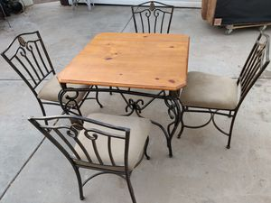Breakfast table and 4 chairs. for Sale in Tempe, AZ