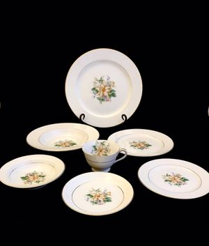 Rare Vintage Noritake Goldenrose 7 Piece China Place Setting for Sale in Ransom Canyon, TX