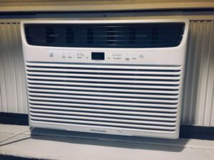 FRIGIDAIRE AC - Window Unit - 10,000BTU for Sale in New York, NY