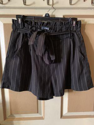 Women's dress shorts for Sale in Bellflower, CA
