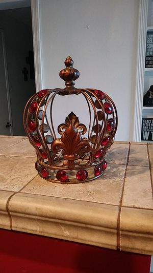 Crown for Sale in Cypress, CA