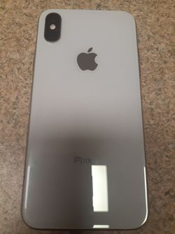 SILVER UNLOCKED IPHONE XS 64GB PRICES NON-NEGOTIABLE for Sale in Philadelphia,  PA