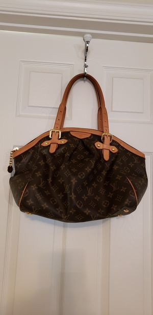 Louis Vuitton Handbag for Sale in Fort Washington, MD