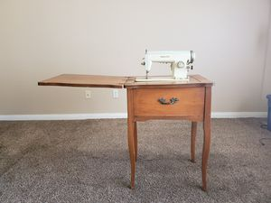 1968 White Sewing Machine. for Sale in Upland, CA