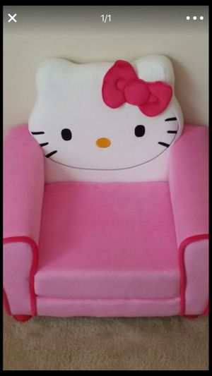 Hello kitty chair for Sale in Crestview, FL