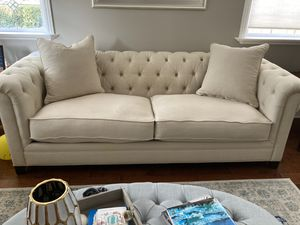 Tufted Beige Couch for Sale in San Diego, CA