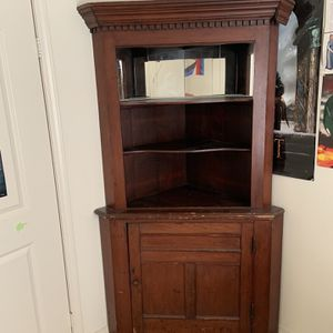 Corner Hutch for Sale in Los Angeles, CA
