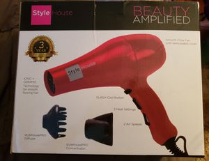 Style House Pro 1875 Watt Professional FullSize Ionic Dryer for Sale in Springfield, OR