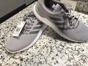 Adidas casual men 👞 size 10.5 for Sale in Cerritos, CA