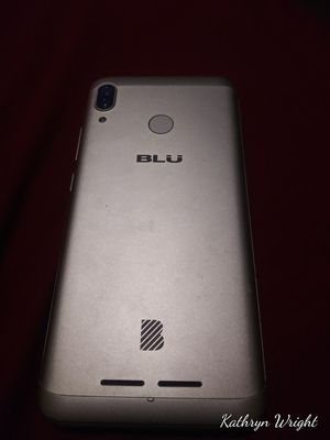 Blu xl4 for Sale in Davenport, IA