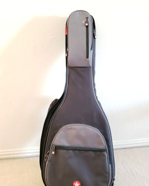 Yamaha guitar and case for Sale in Richardson, TX