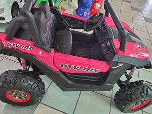 22500 town center #2122 Moreno Valley, ca 92553 Call or text {contact info removed} to place an order. -UTV Carbon Fiber 24 volts 4X4 for Sale in Moreno Valley, CA
