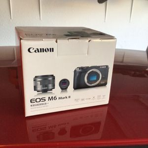 Canon EOS M6 Mark II for Sale in Phoenix, AZ