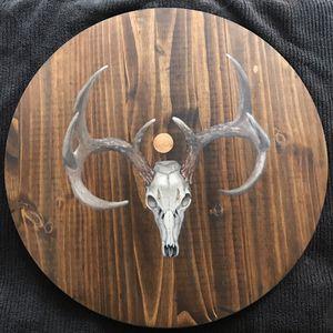 21 in dia. Wood Panel Oil Painting of deer skull for Sale in Dallas, TX