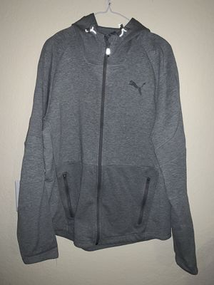 PUMA Sweater and Pants Set for Sale in Pleasanton, CA