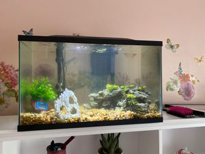 FISH TANK for Sale in Snohomish, WA