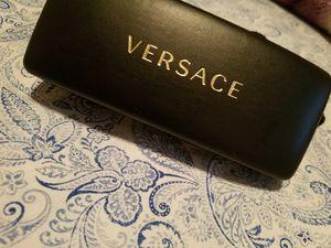 Men's versace sunglasses for Sale in Bakersfield, CA