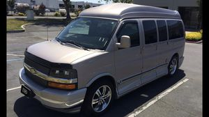 2005 Chevy express conversion van explorer limited SE for Sale in Alameda, CA