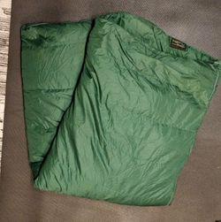 Down Quilt Trophy Hunter Sleeping Bag 20 Degree for Sale in Coronado,  CA