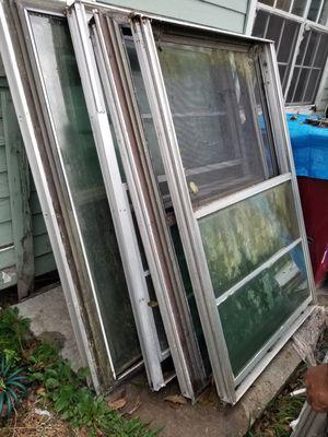 Tengo 6 ventanas 36x60 for Sale in Houston, TX