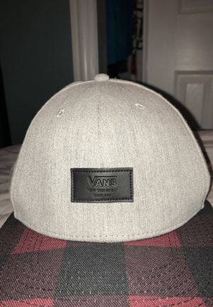 Vans grey and red hat for Sale in Addison, IL